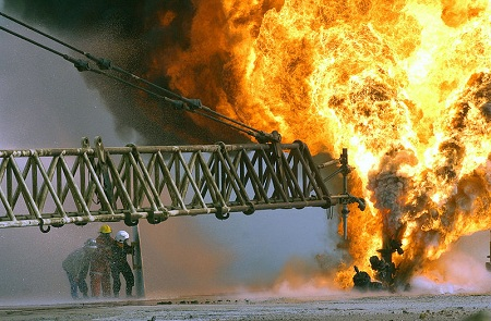 oil well fire niching your service